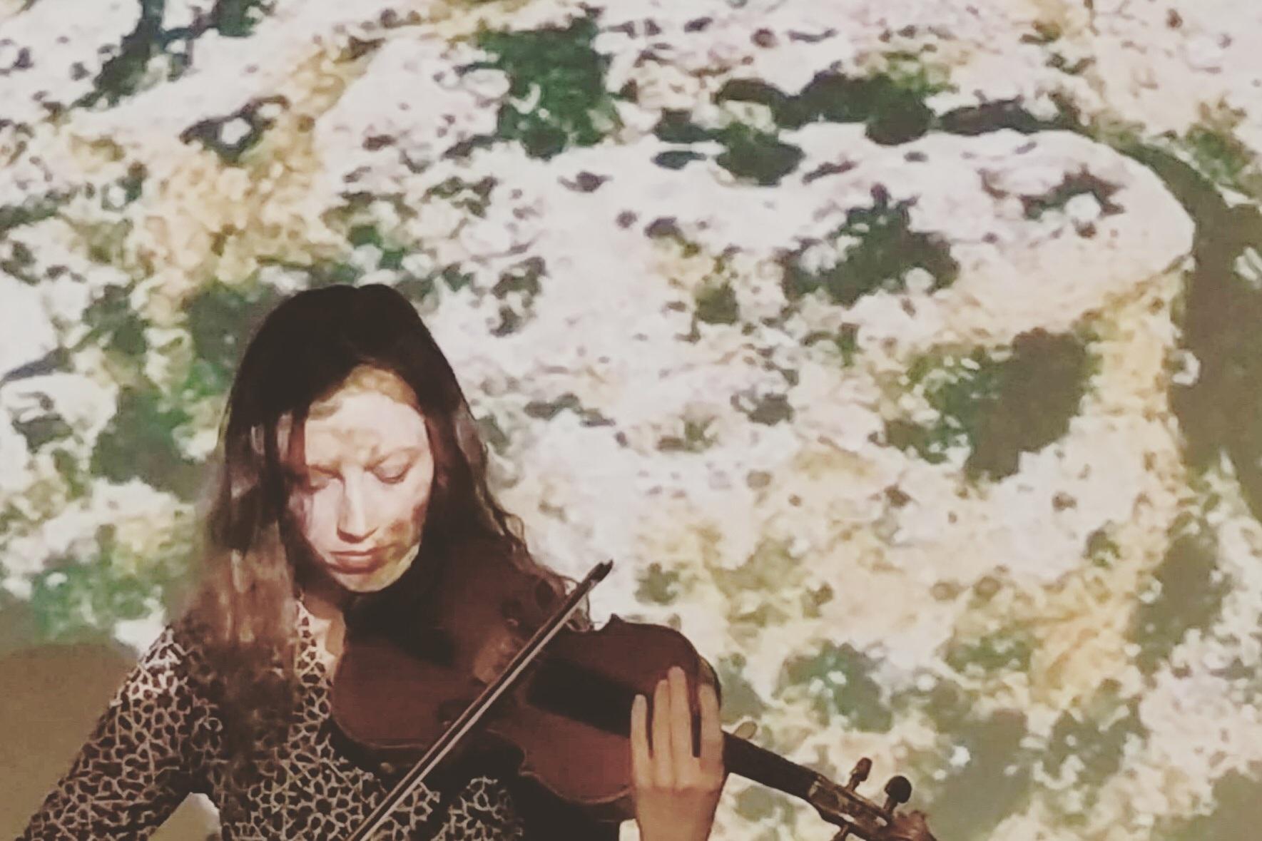 """Isabel Hede performing new work """"Subtle Shifts"""""""