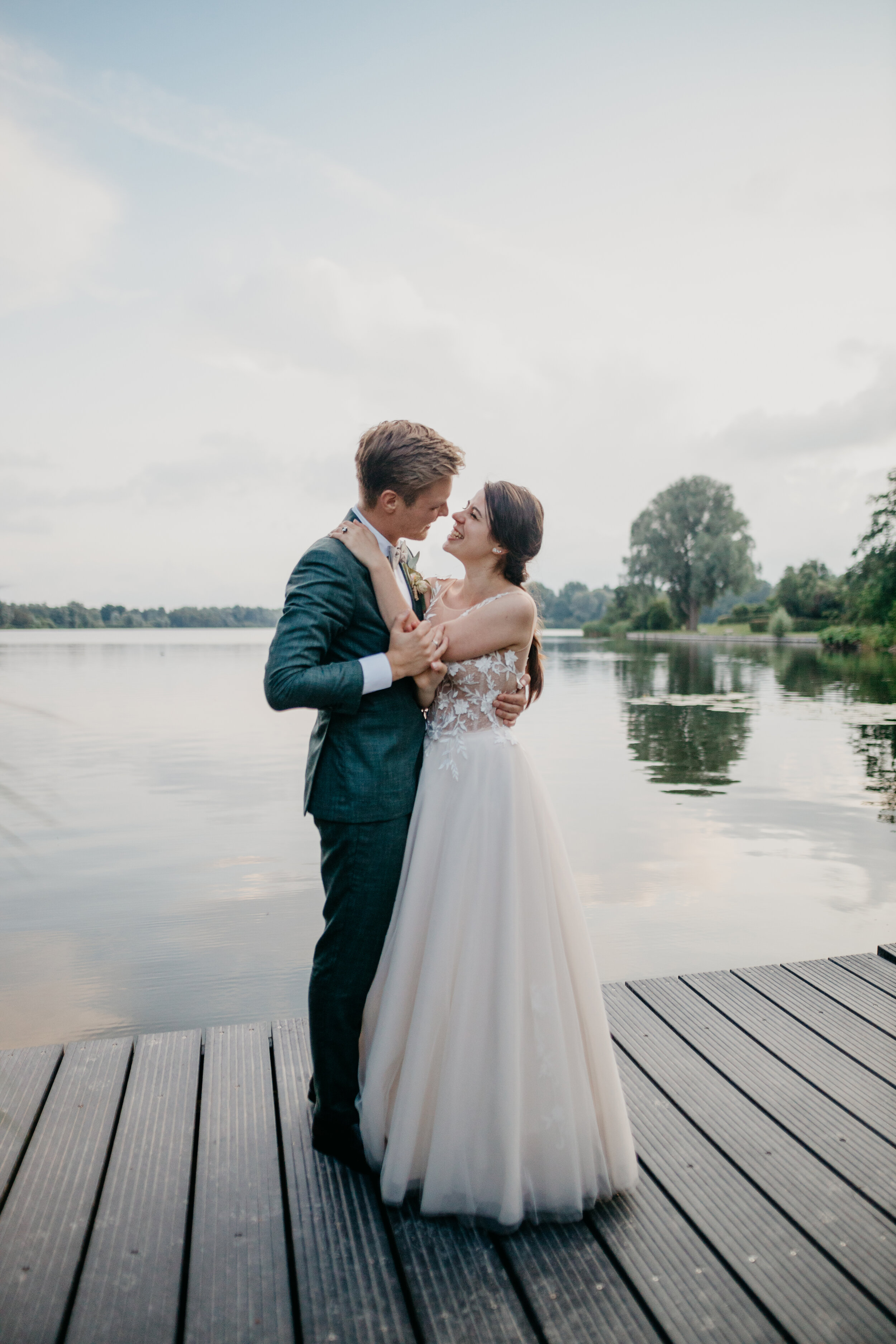 The connections we make, listening to your stories and the moments we are fortunate to capture of your day is what keeps us inspired. Our passion is to capture genuine hugs, smiles and tears, honest big and small moments filled with emotion.In short, we simply love love. - Learn more about us...