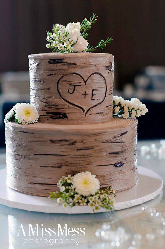 Rustic Wedding CakeFlowers - Add a touch of spring to this birch-inspired cake