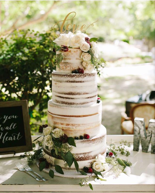 naked-wedding-cake-eucalyptus-vintage-wedding.jpg