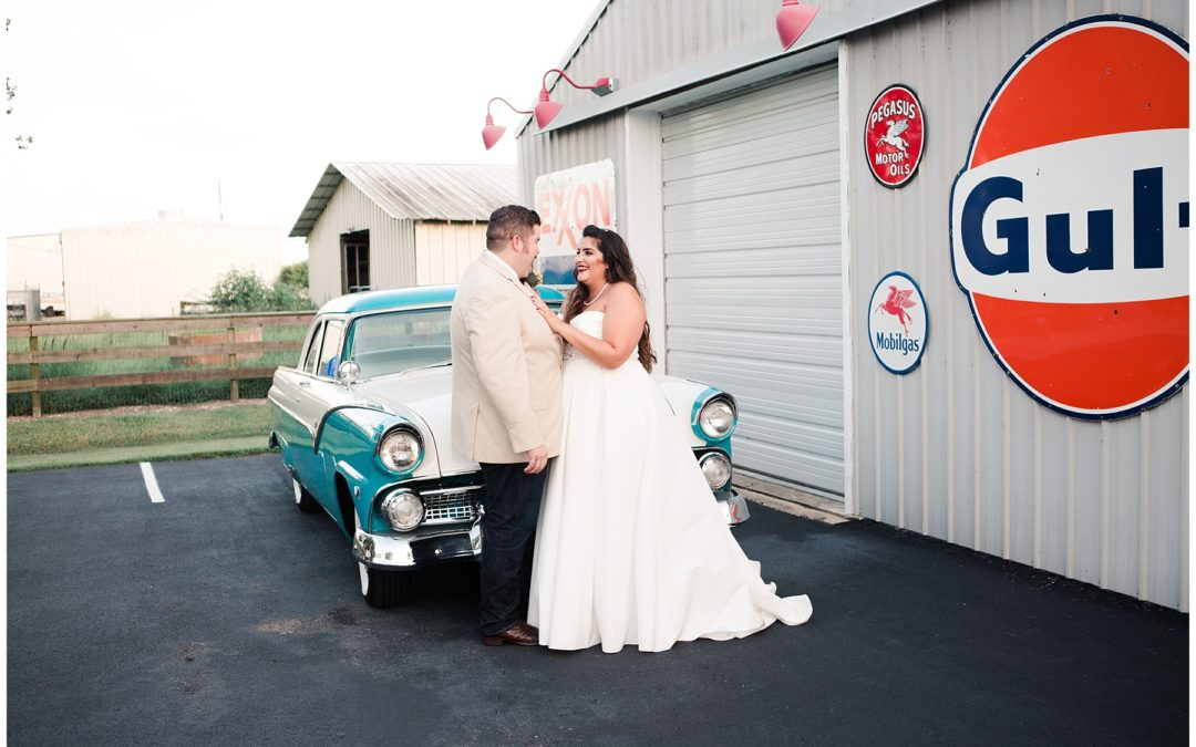 Creative Outdoor Wedding Photo Ideas