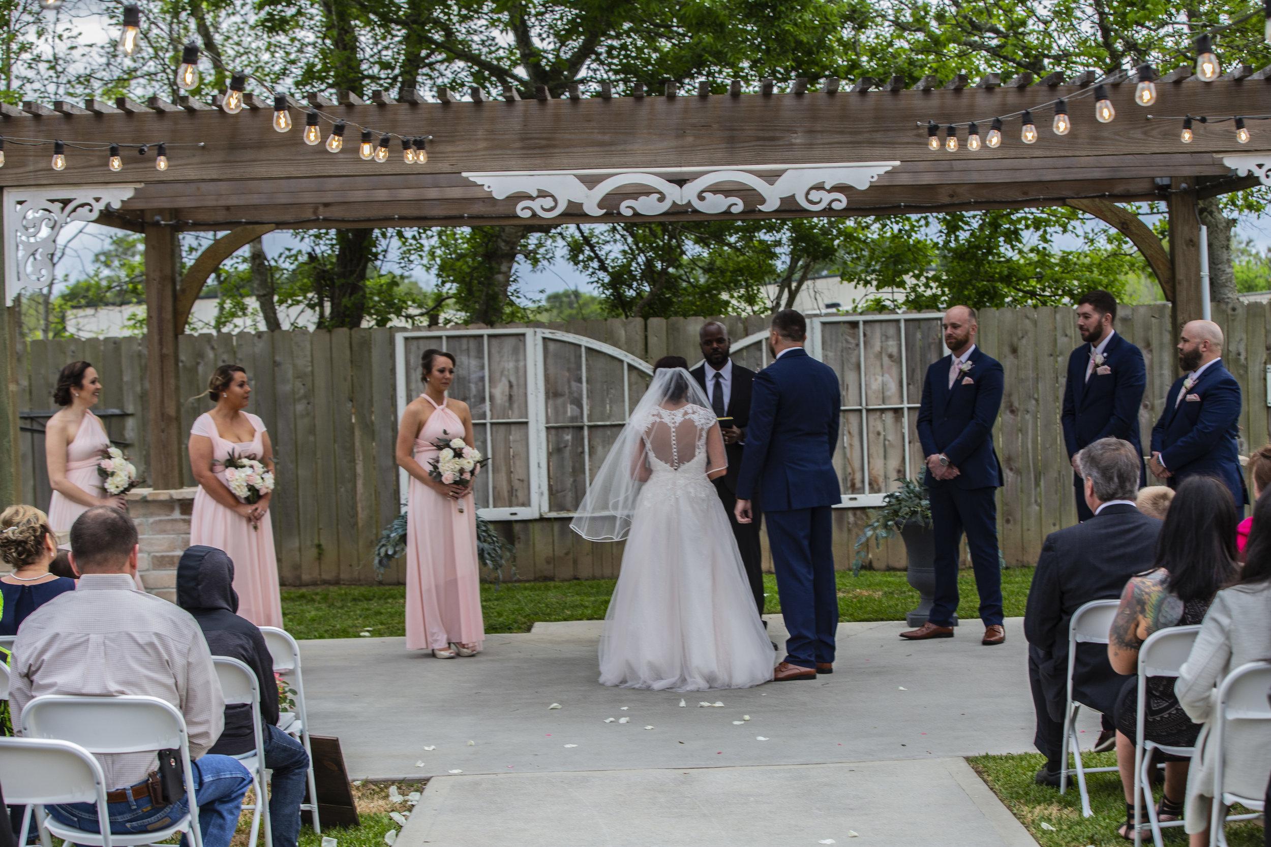 outdoor wedding ceremony location pearland