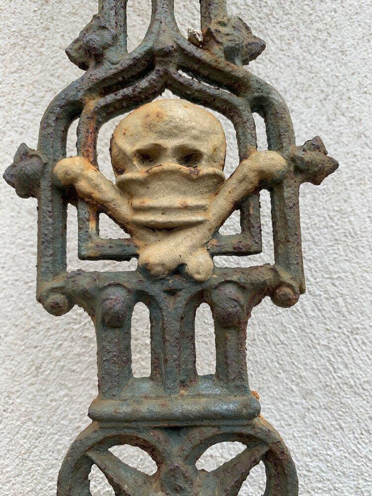 skull and cross.jpg