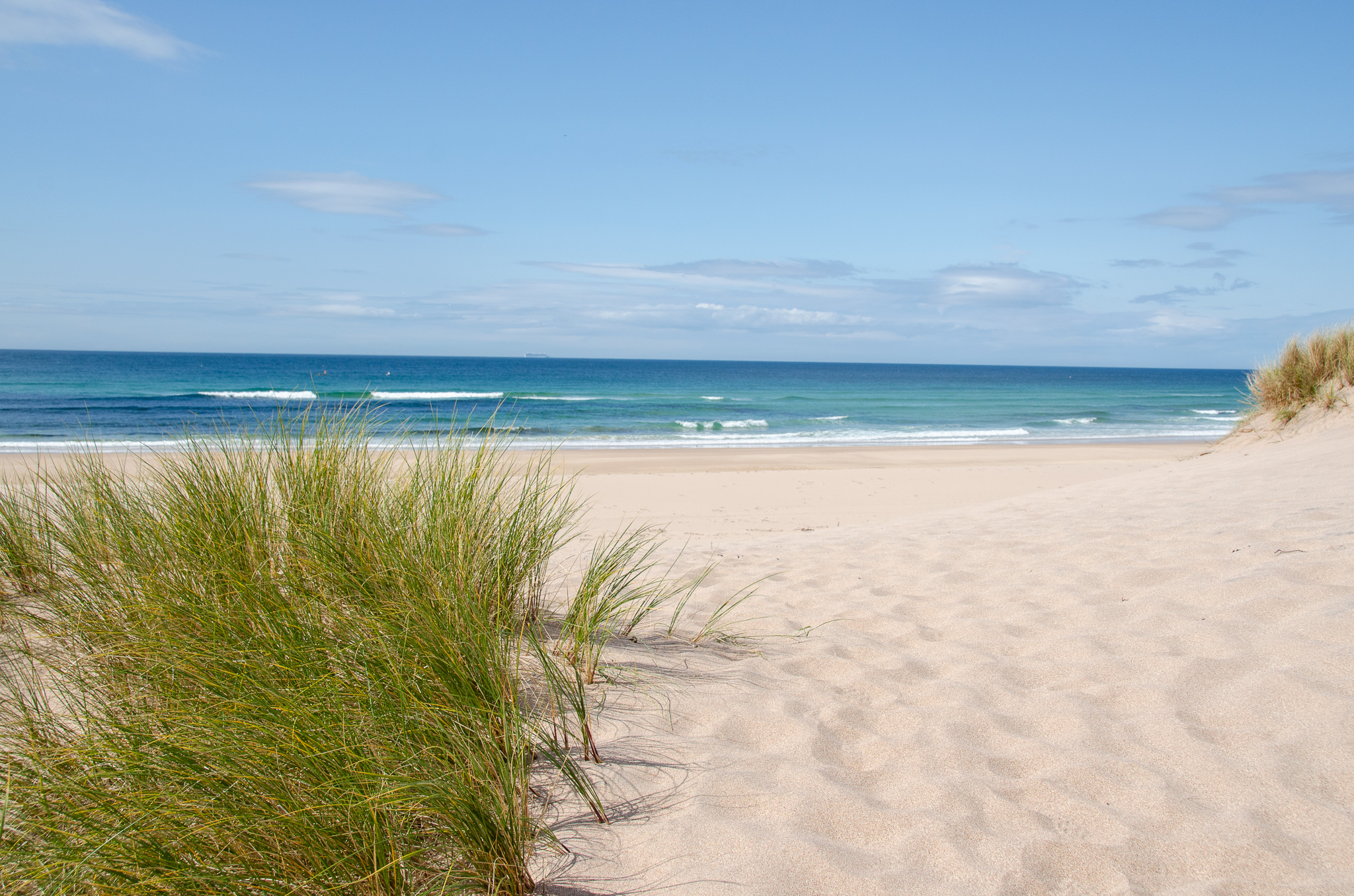 the mile long beach at Sandwood Bay