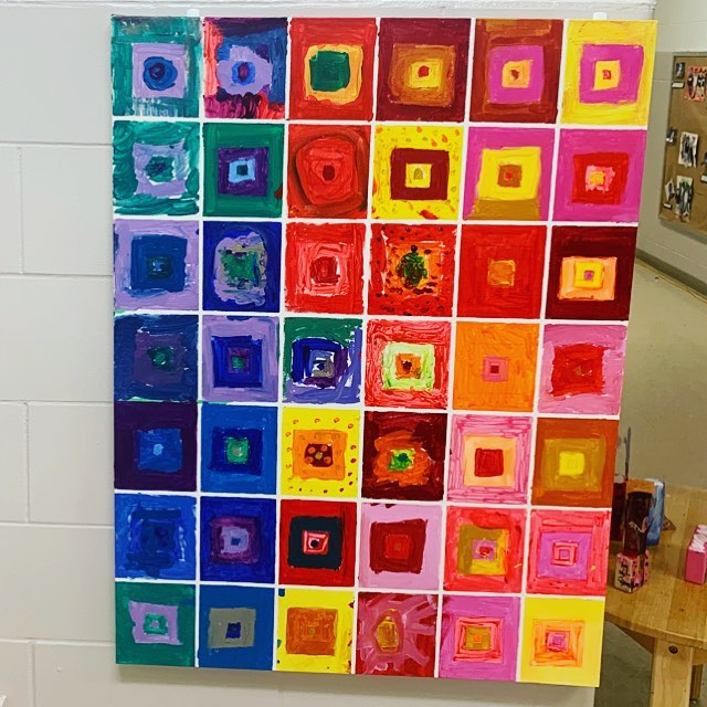 "The children chose to name this collaborative canvas ""Rainbow Squares."" It was the culminating experience of our color interaction inquiry inspired by the work of Josef Albers. 🌈 🎨 ✨#invitationtocreate #atelier #squares #childrensart #kindergartenart"