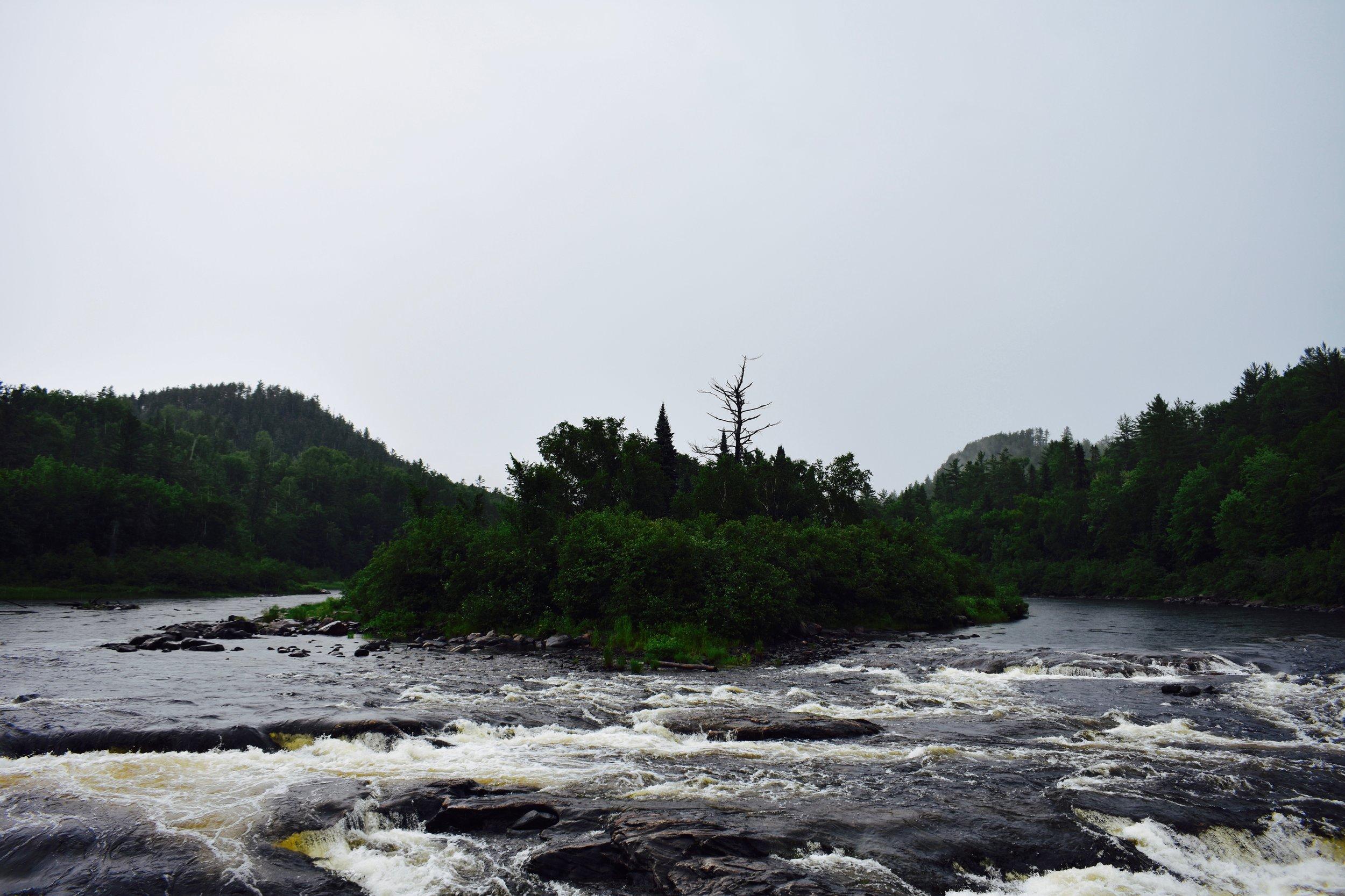 Rapides-des-Joachims, Quebec (1).jpg