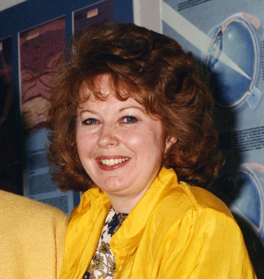 Linda Wilson-Pauwels
