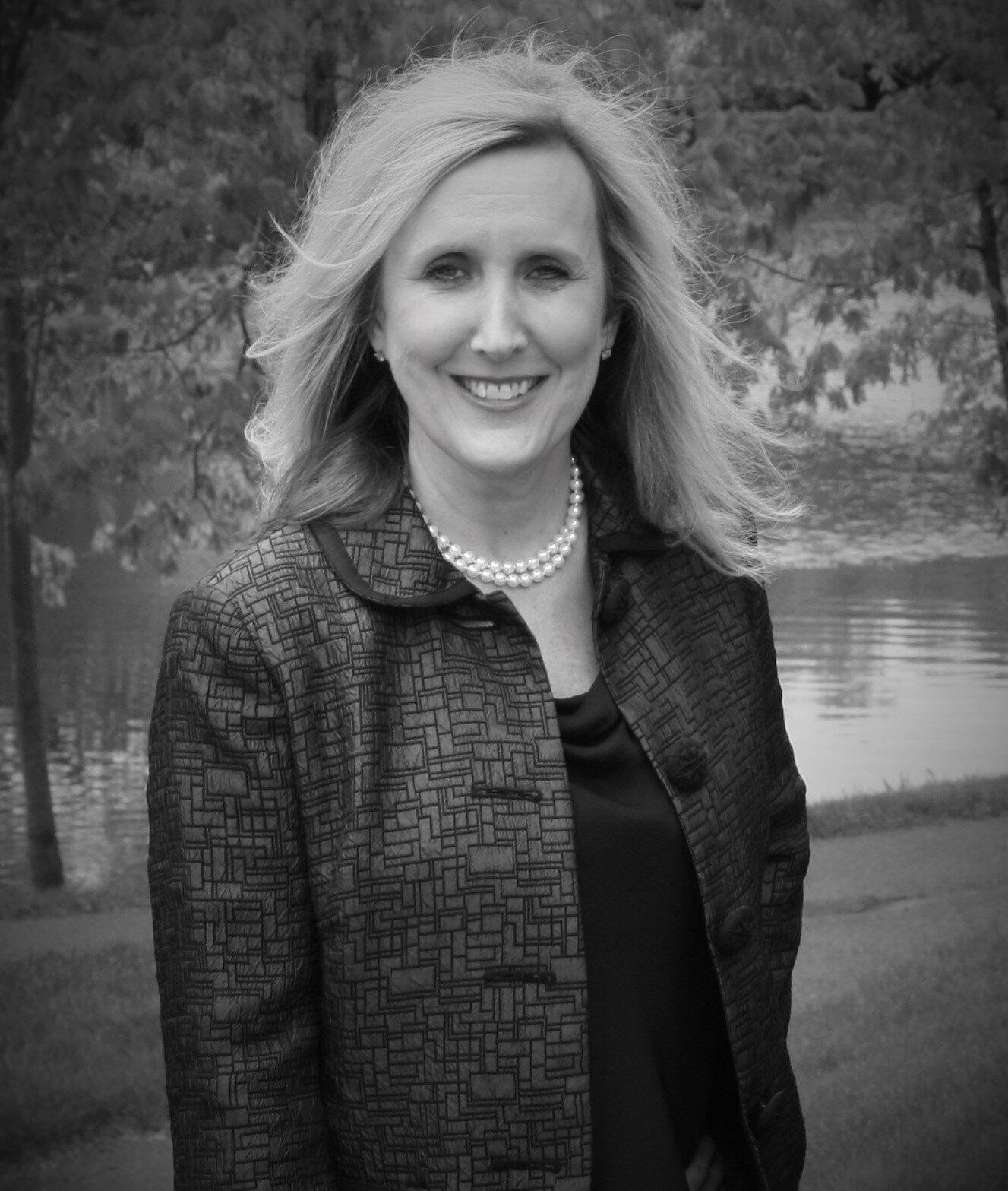 Kelley Powell Headshot April 2019.JPG