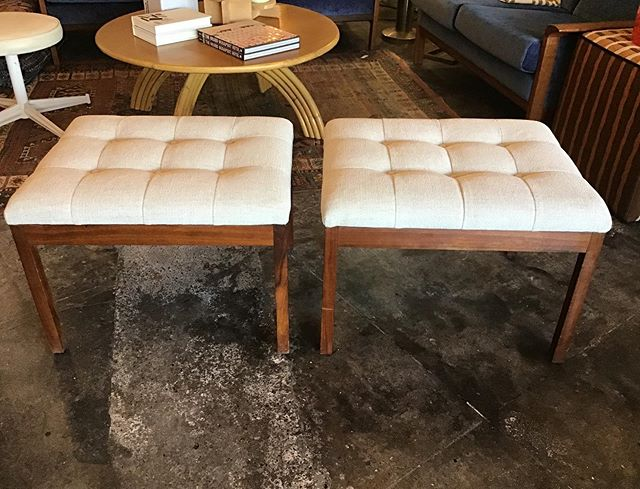✨Just in! Vintage mid-century tufted ottomans. Walnut base, freshly reupholstered in velvet. Circa 1960s. The fabric can come off as cream or very pale grey so can work in any room. We just love these ✨ DM for info