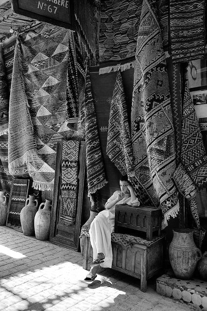 carpet seller.jpg