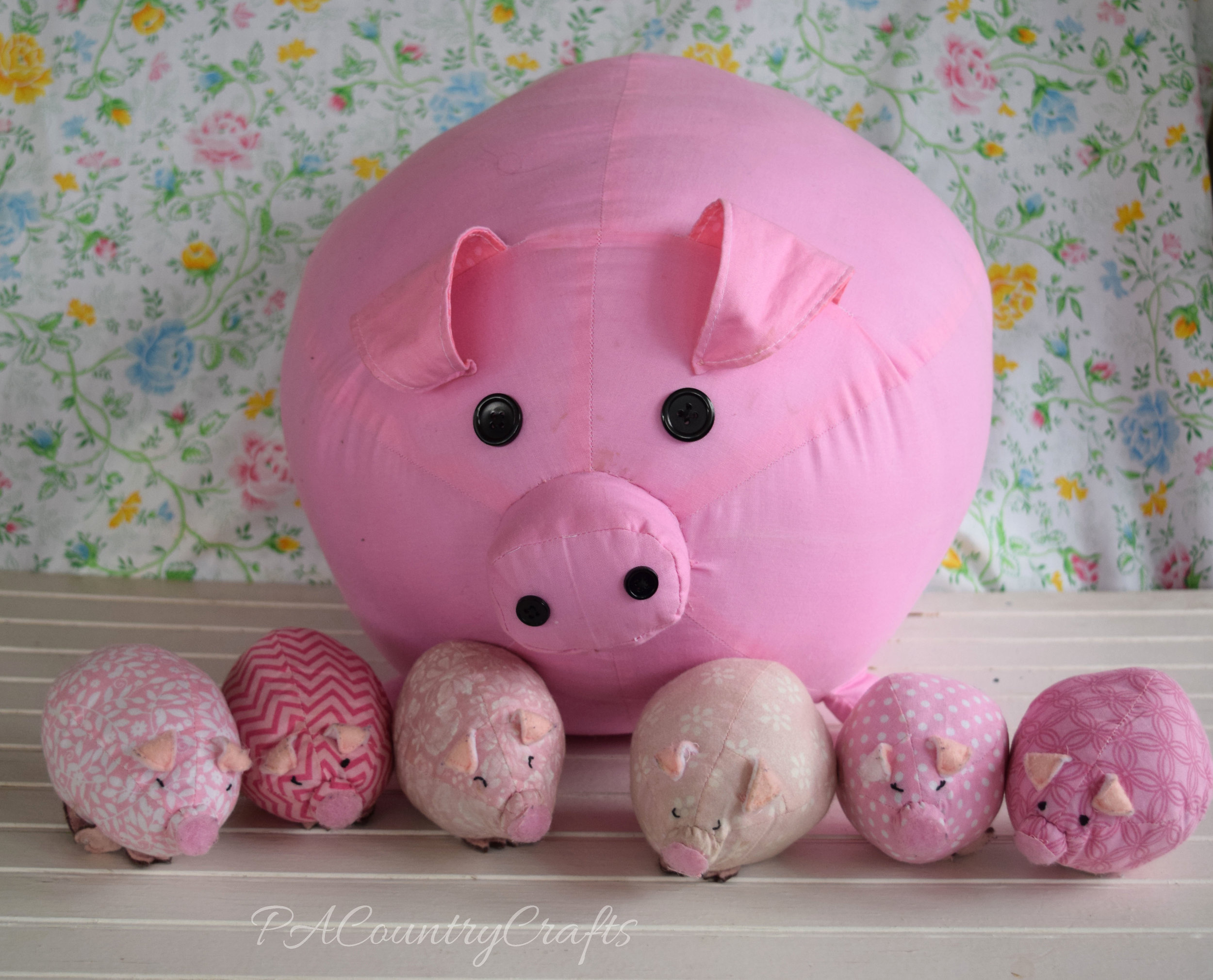 stuffed-pig-and-piglets.jpg