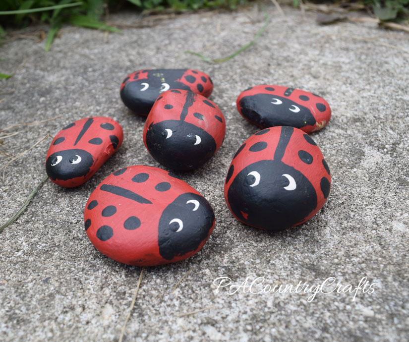 Easy kids craft- ladybug rocks!