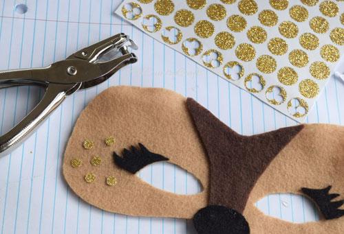 glitter-spots-on-deer-mask.jpg