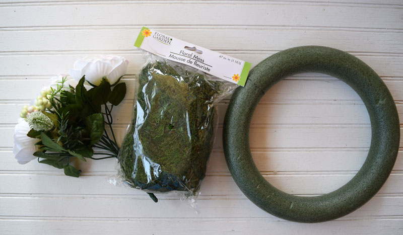 spring-moss-wreath-tutorial.jpg