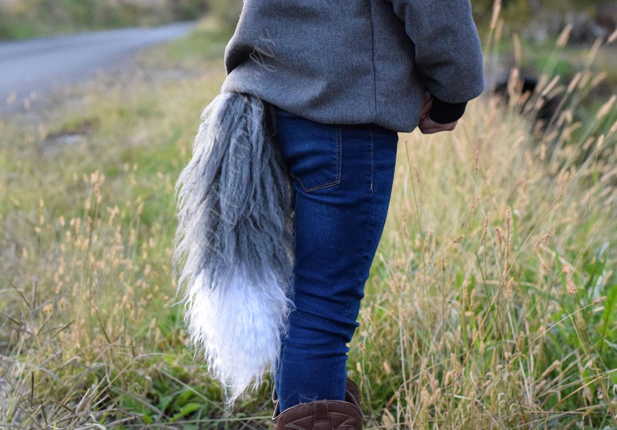 yarn-fox-tail.jpg