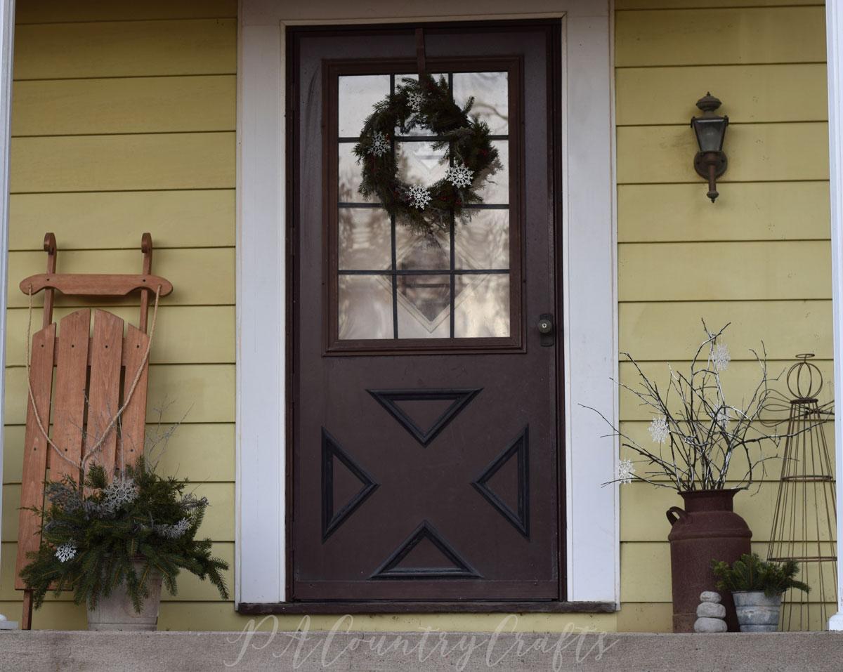Winter front porch decor