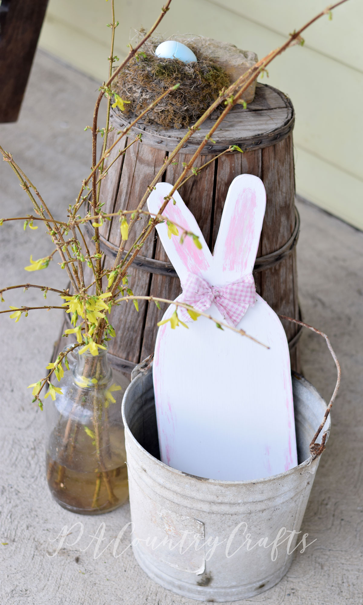 Spring and Easter porch decorating