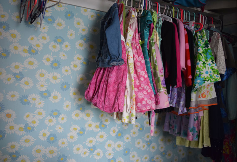 Decluttering Tips- Clothes and Kids Bedrooms
