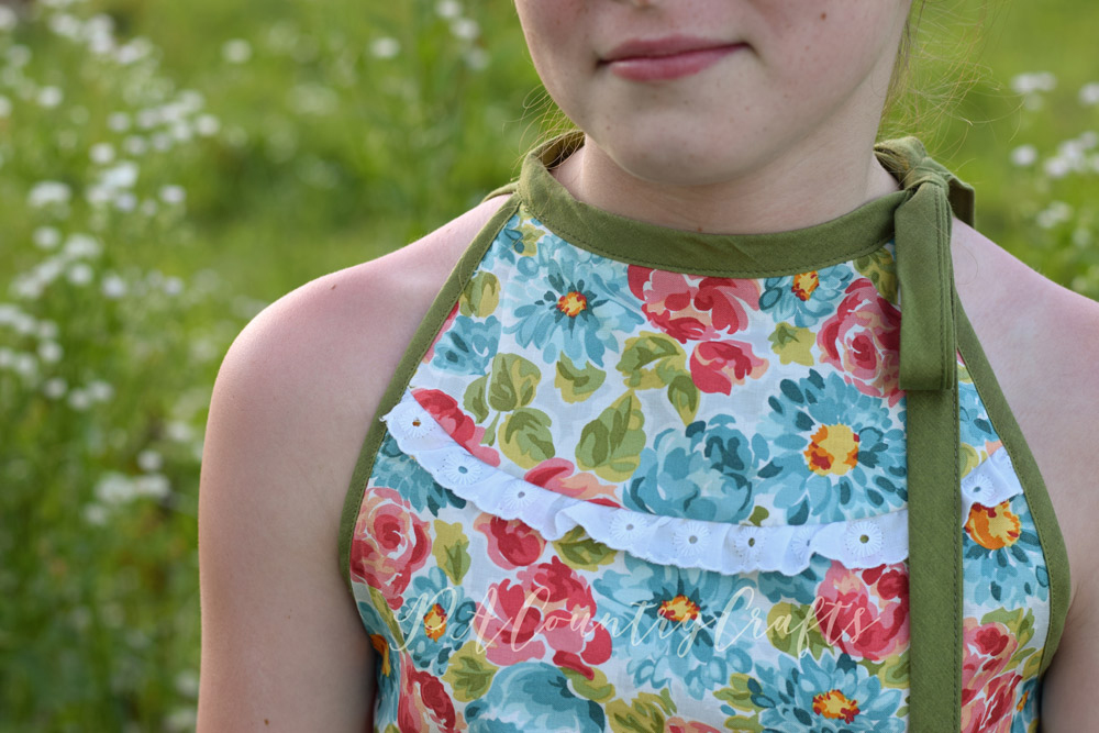 Girls' tank top with white, eyelet lace trim- used the Lynx pattern by Sofiona Designs