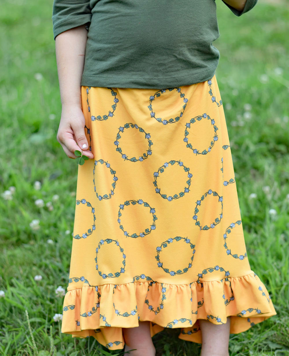 I love this flowy girls skirt in double brushed poly! Clover Chains for Project Nature Adventure