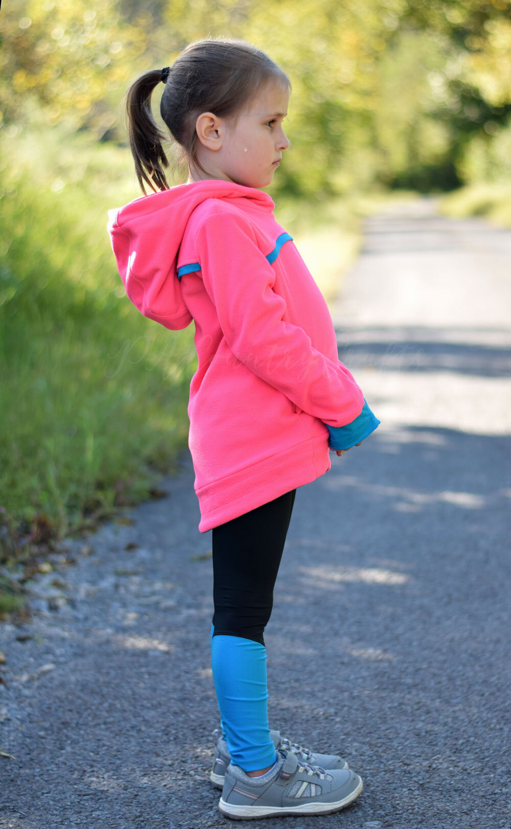 Sofiona Designs patterns have such clean lines! I love this Bonfire hoodie with Rocky Short tights!