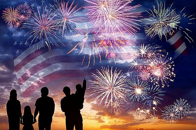 Wishing everyone a safe and happy 4th! 🤗🇺🇸🎉💥🏡 _____ #happyfourth #july4th #independenceday #fireworks #happy #healthy #summer #thehealinghouse