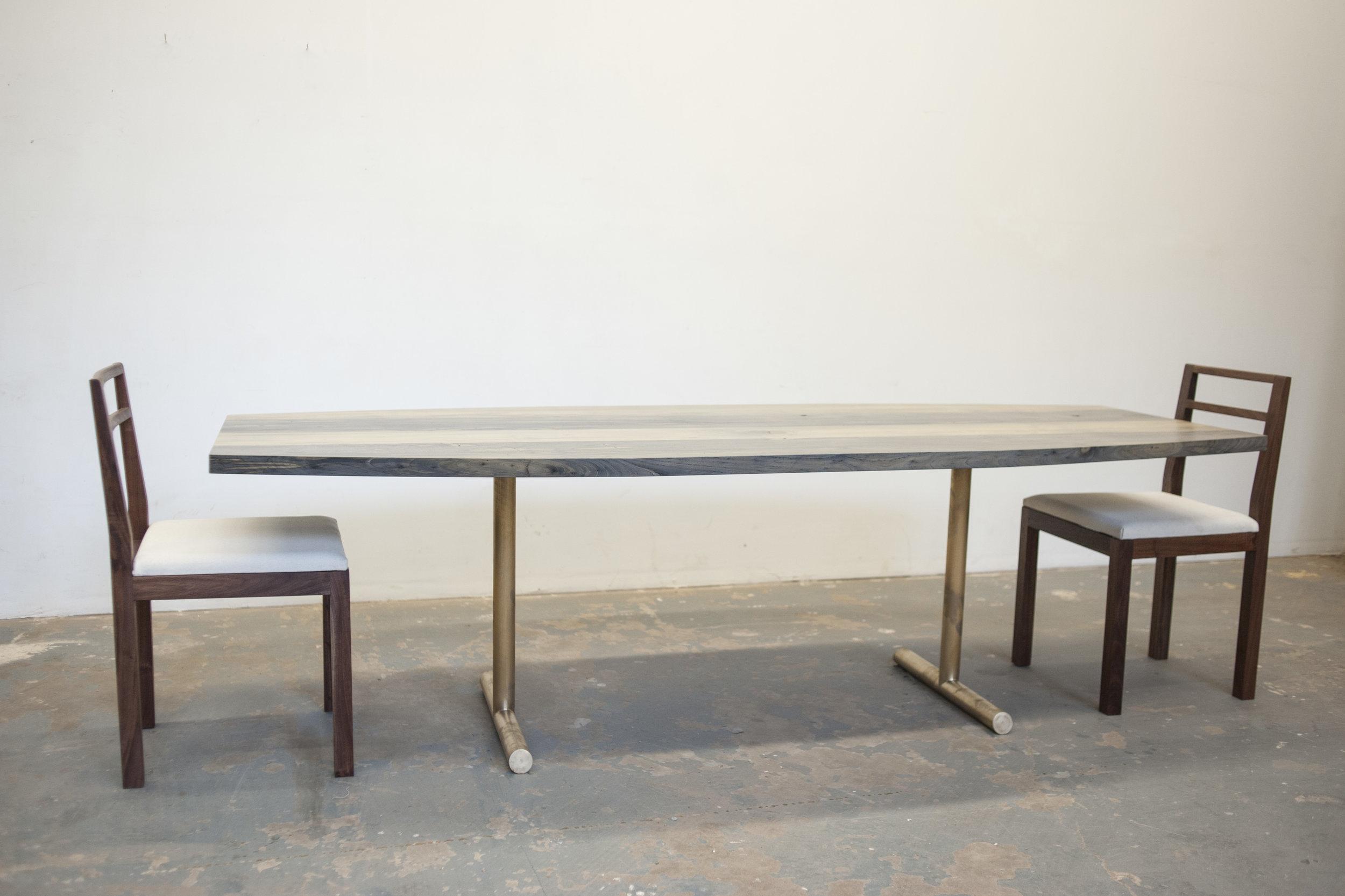 Olivr_Studio_Dining_Table_1.jpg