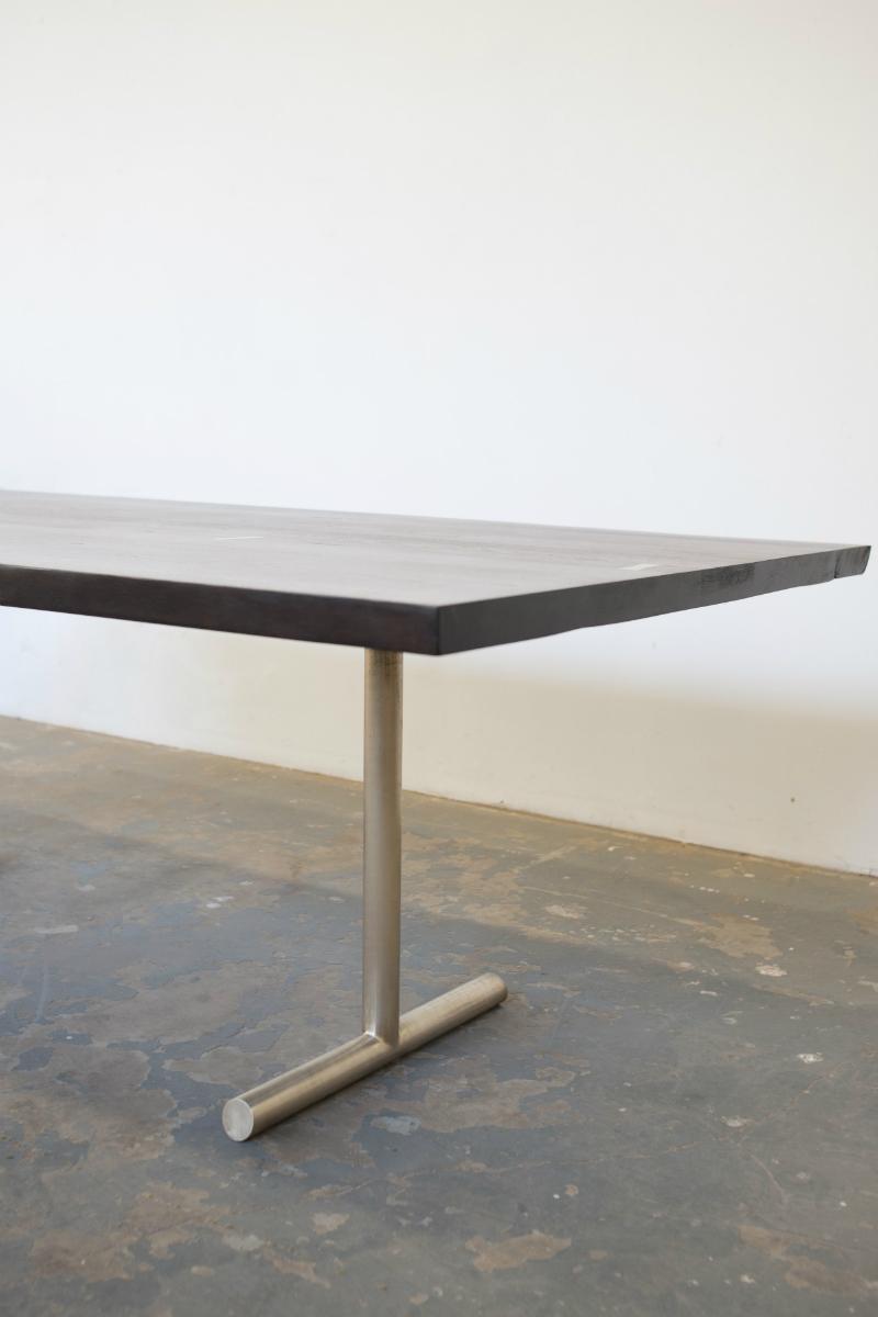 Olivr_Studio_Dining_Table_4.jpg
