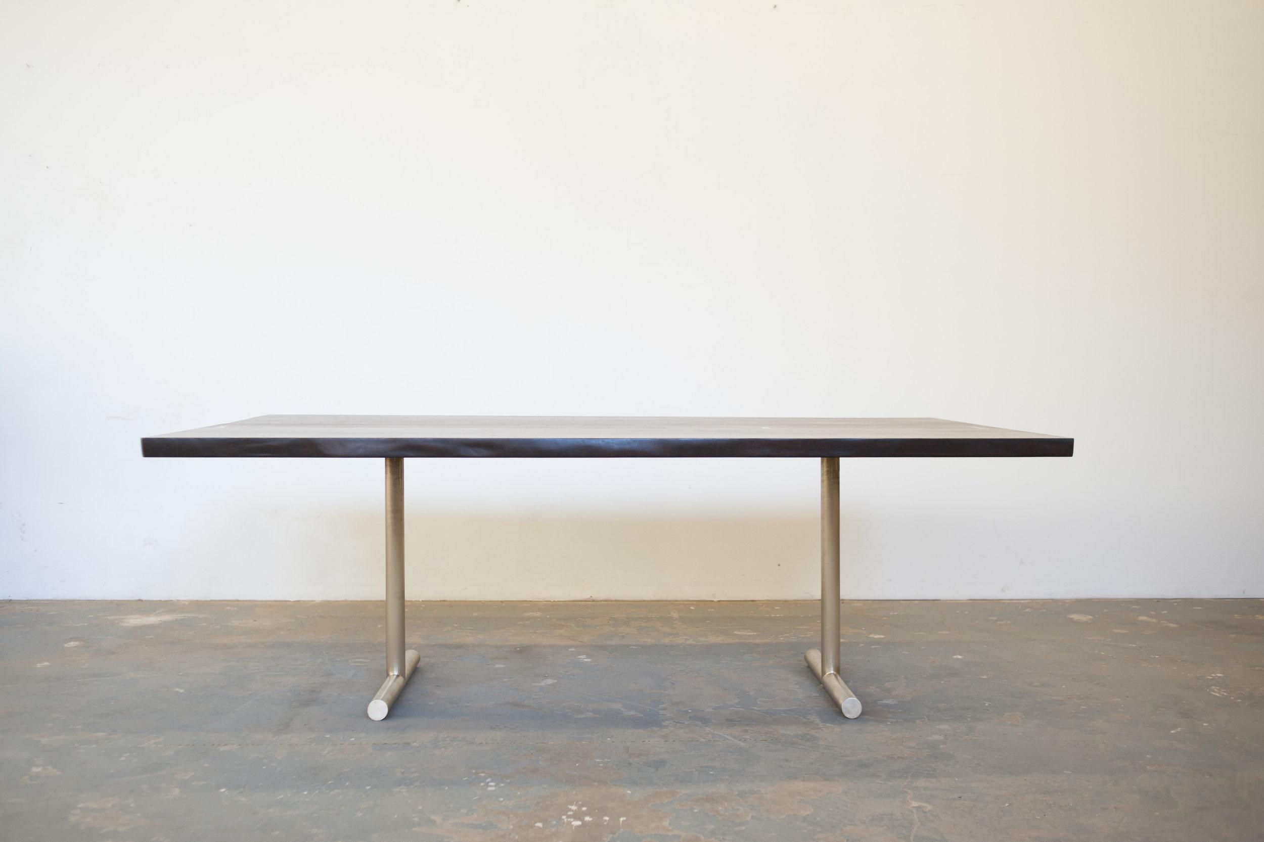 Olivr_Studio_Dining_Table_2.jpg