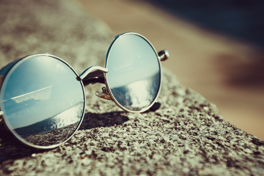 Designer Sunglasses - Protect your eyes and look good doing it! We're proud to offer amazing deals on sunglasses made by the top brands. These are popular items!