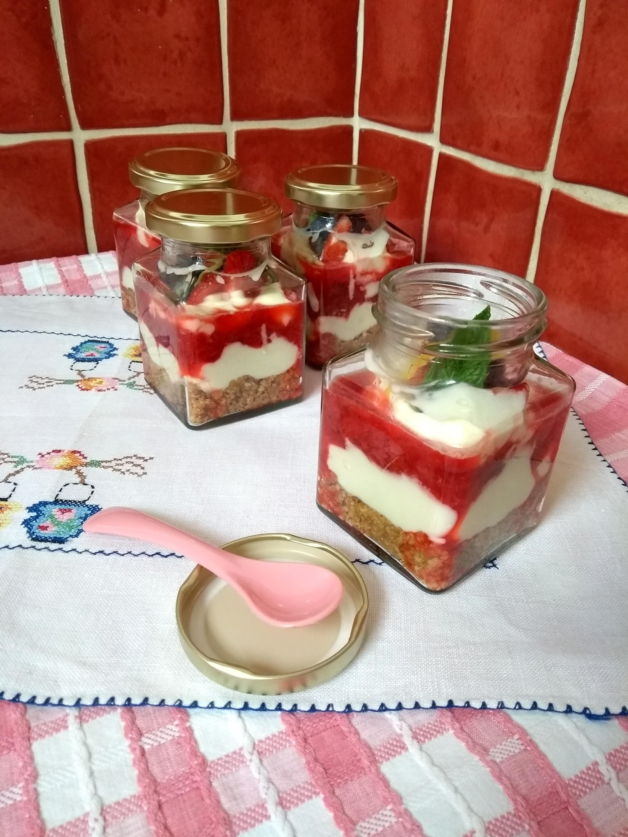 cheesecake pots.jpg