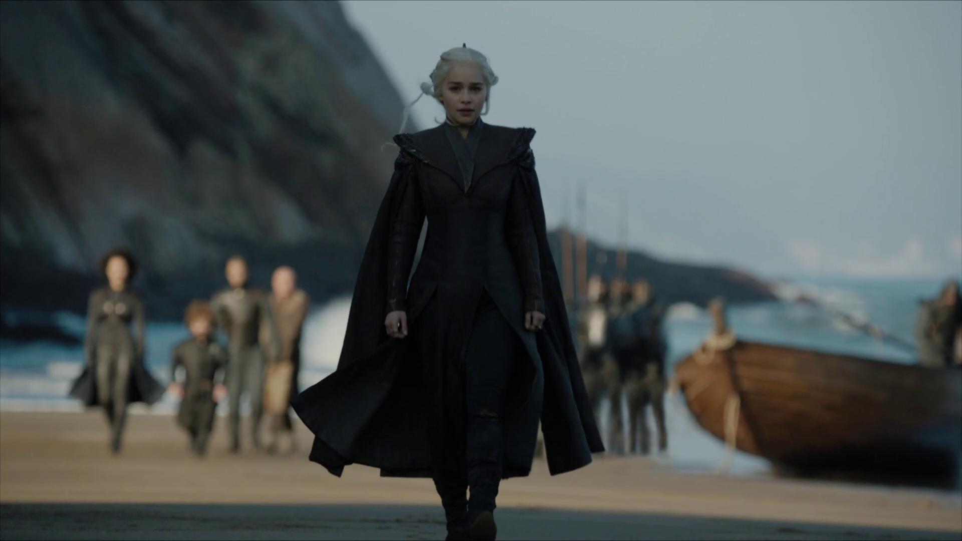 daenerys-targaryen-game-of-thrones-dragonstone.png