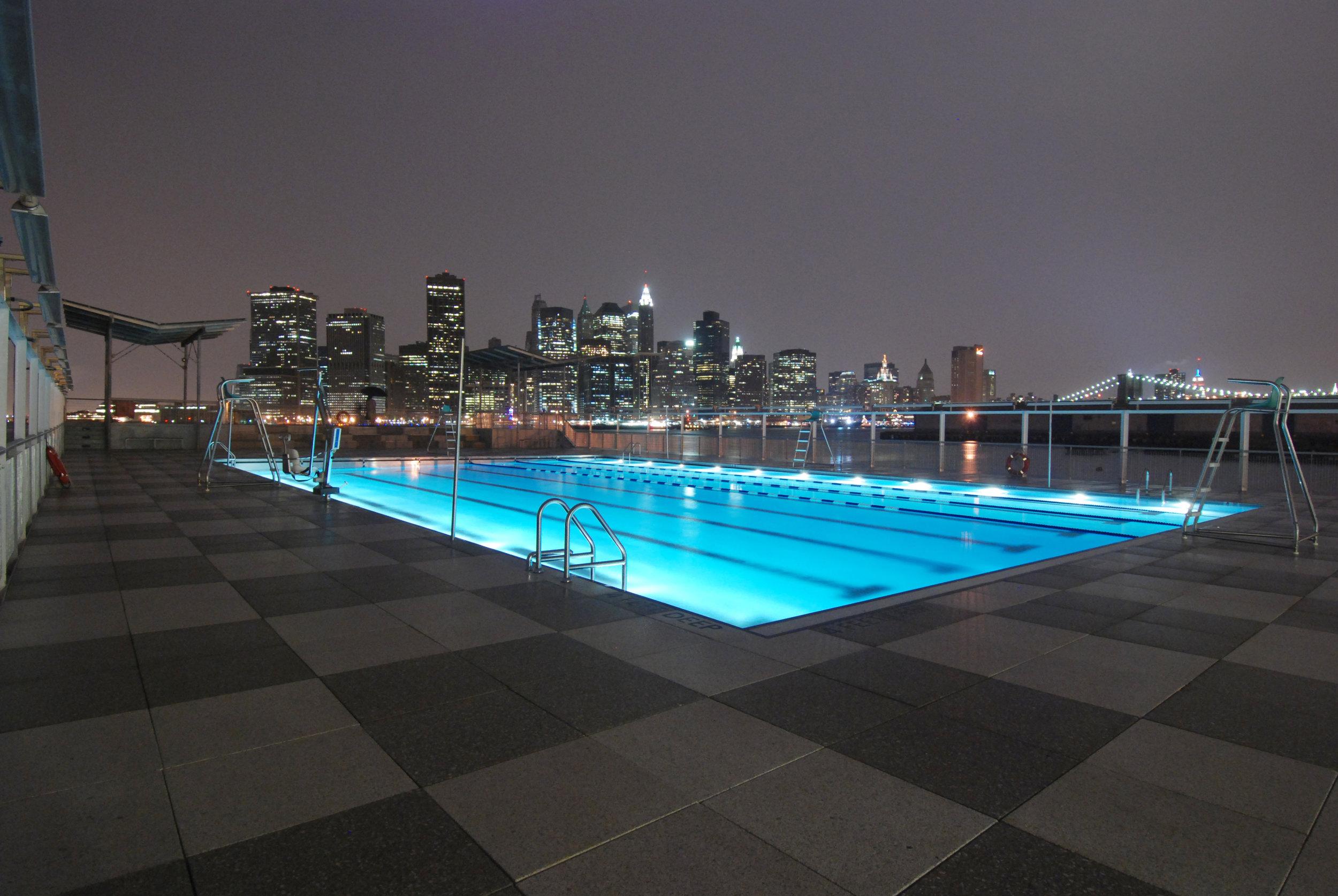 12 Pool Night (Philippe Baumann).jpg