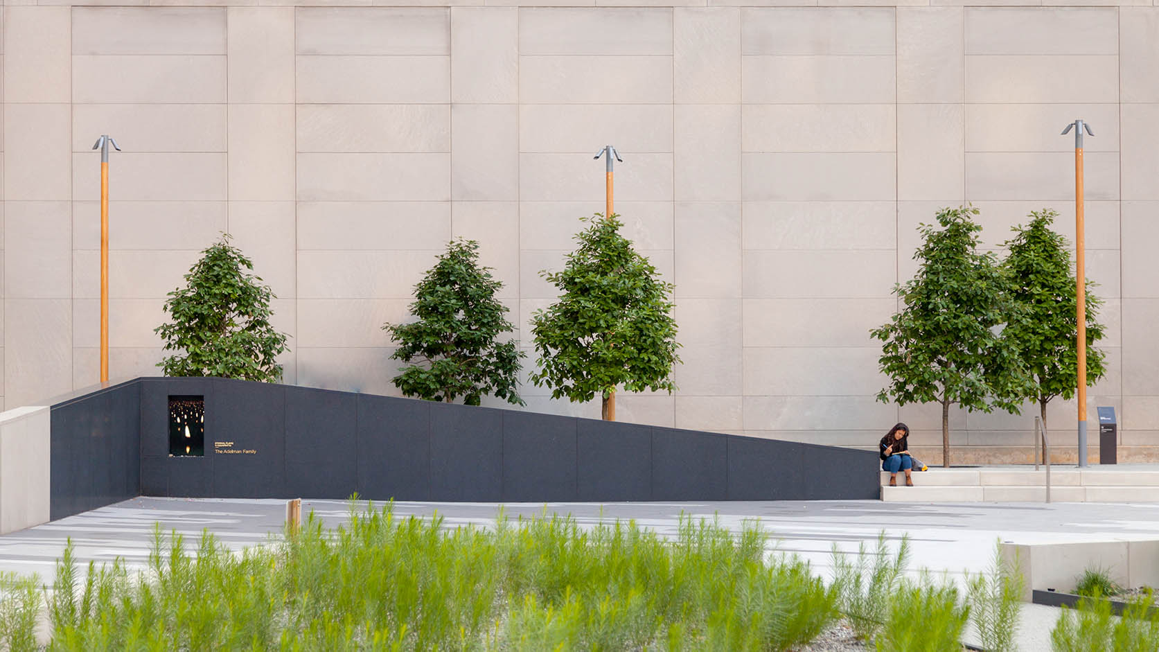 Holocaust Memorial-6998-sm.jpg