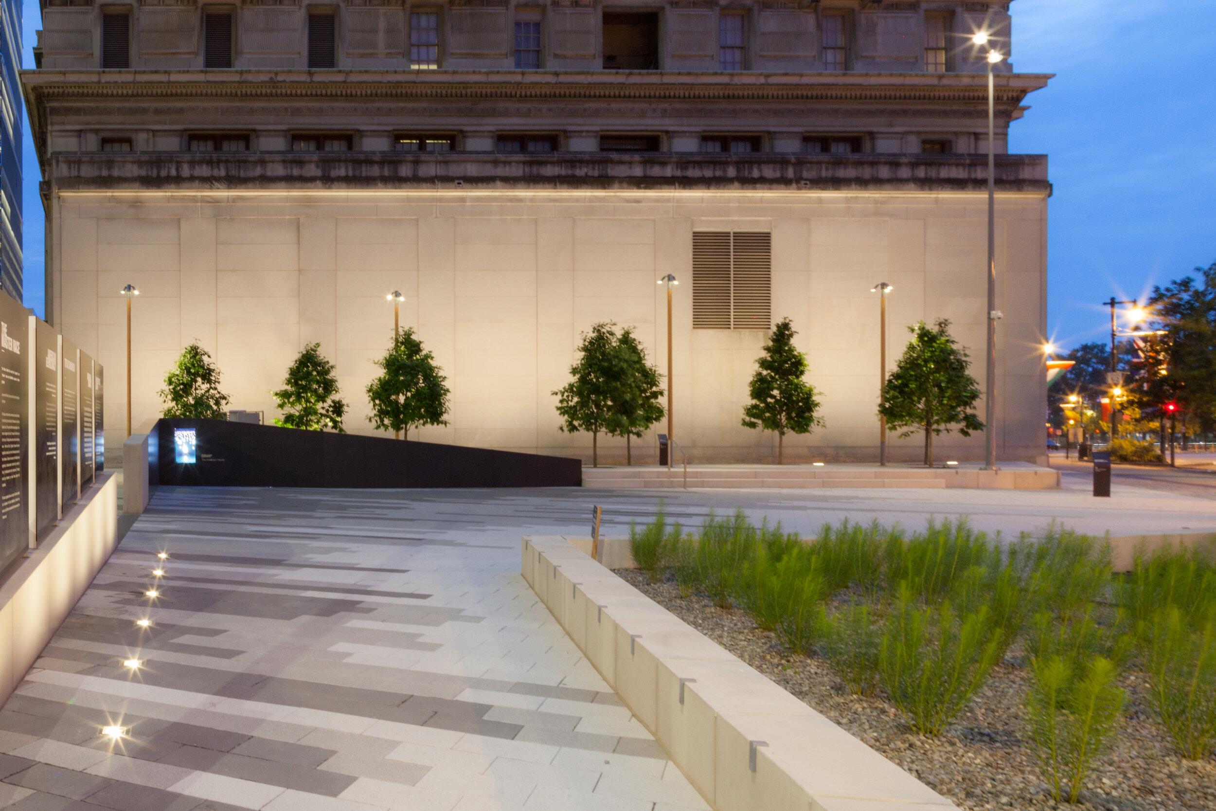 Holocaust Memorial-7036.jpg