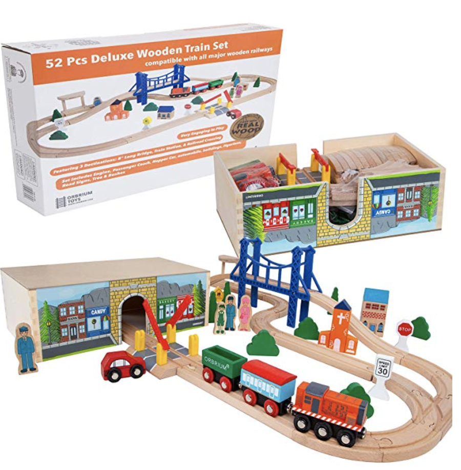 DELUXE WOODEN TRAIN SET WITH 3 DESTINATIONS -