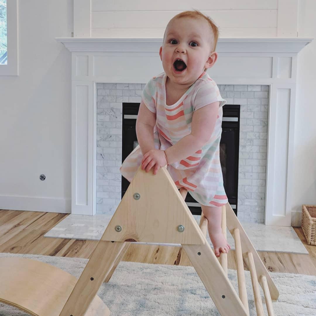 Praise vs. Acknowledgment - Montessori in Real Life