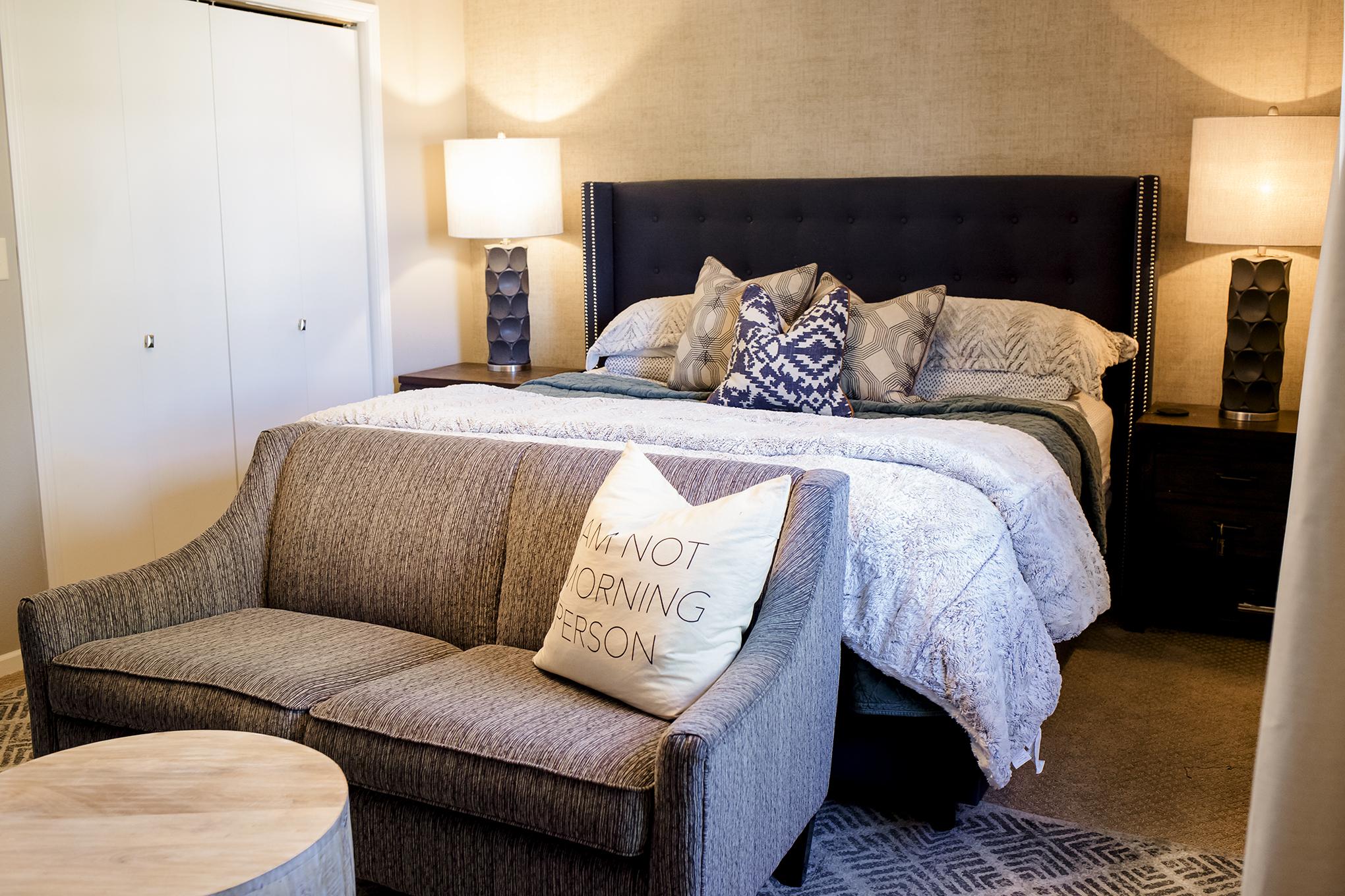 Bedroom before Refresh & Renew