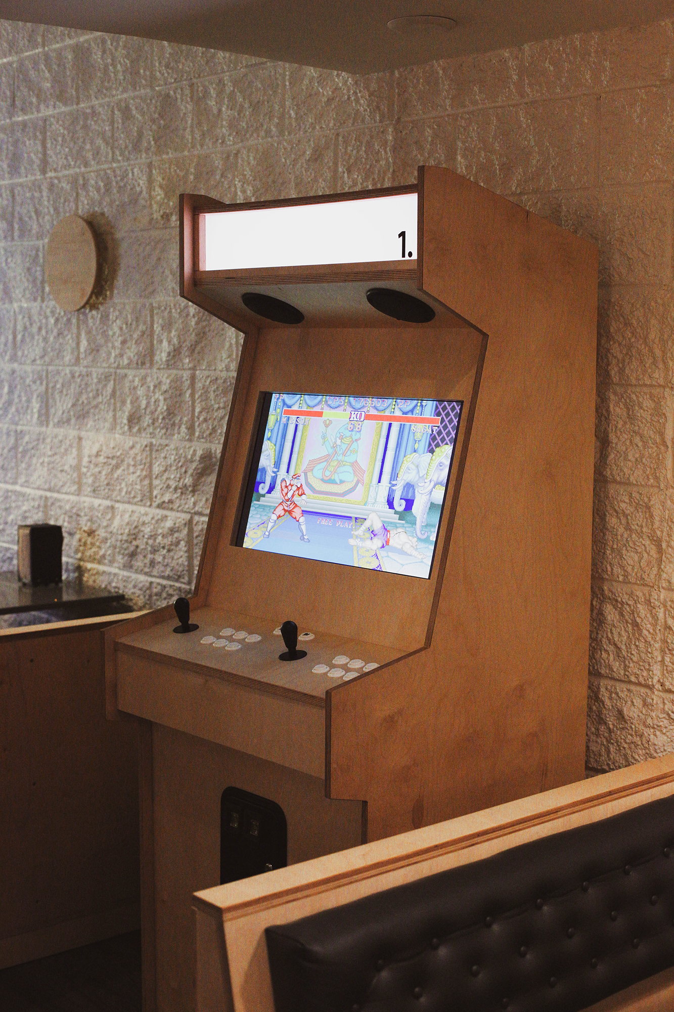 stand-alone arcade machine featuring early-90s favourites like Mortal Kombat and, appropriately, 1982's  Super  Burger Time
