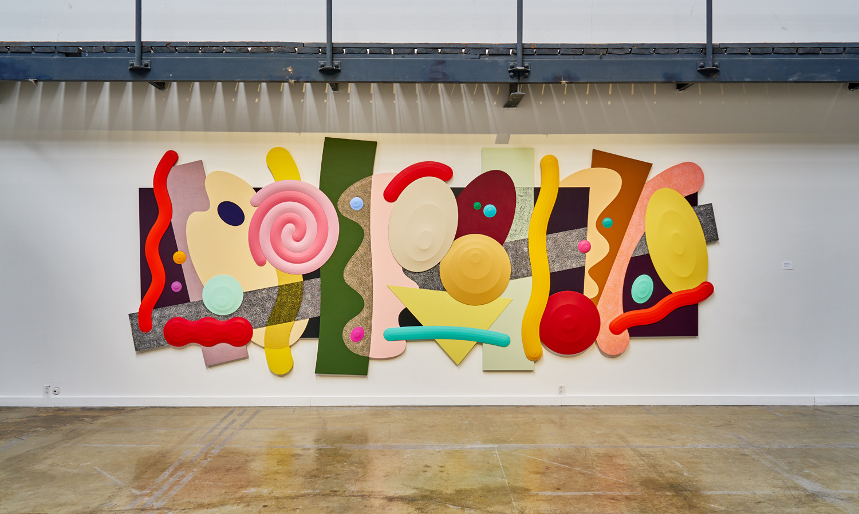 """Josh Sperling ,  Big Time , 2018, Acrylique sur toile, 90 ⅞"""" x 225 ⅛"""" (231 x 572 cm)"""