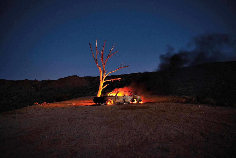"Fire #1 , 2019, Édition de 3, Impression chromogène, 60"" x 40"""