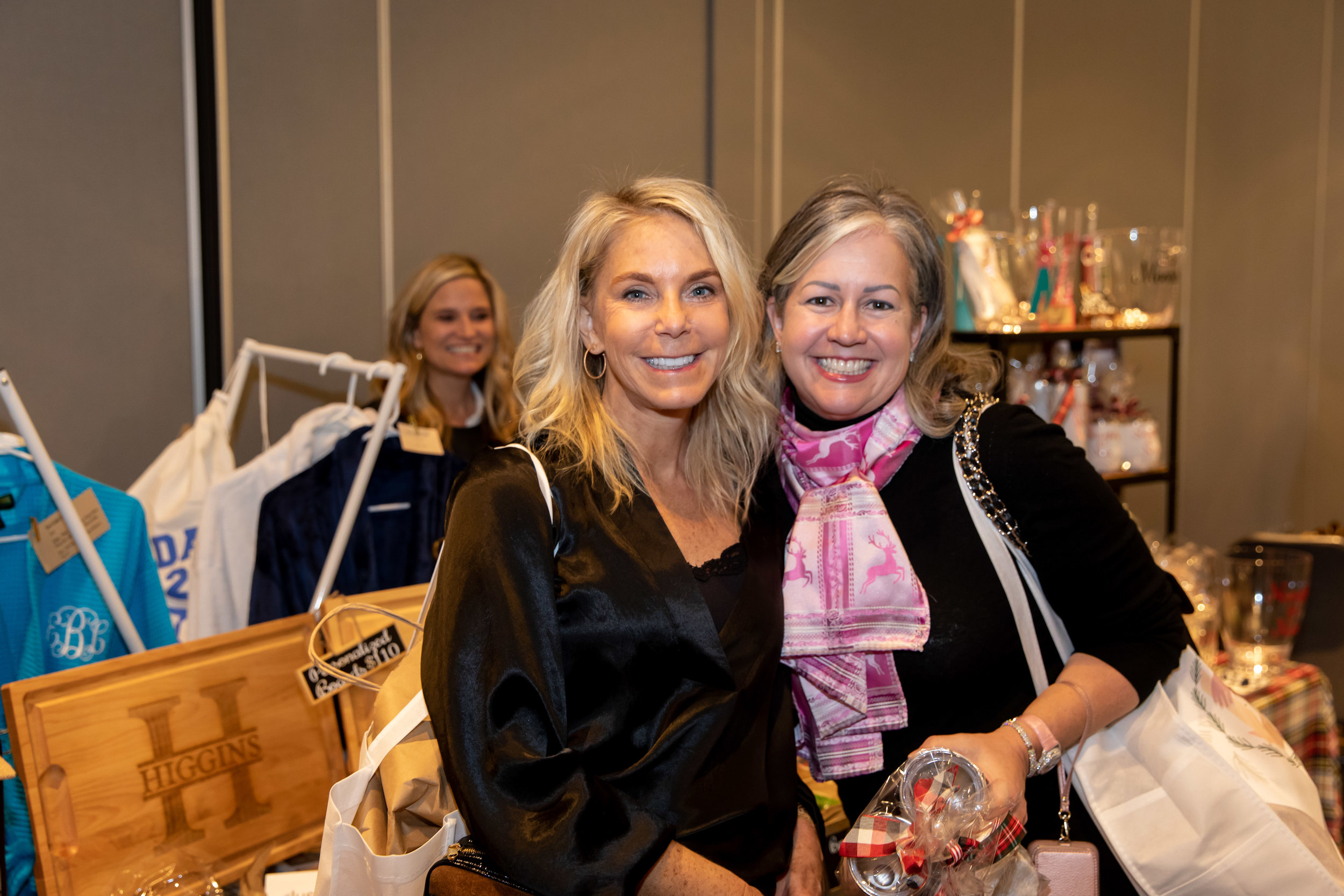 038_Catherine Hall Studios_CHG Holiday Boutique and Luncheon December 2018.jpg
