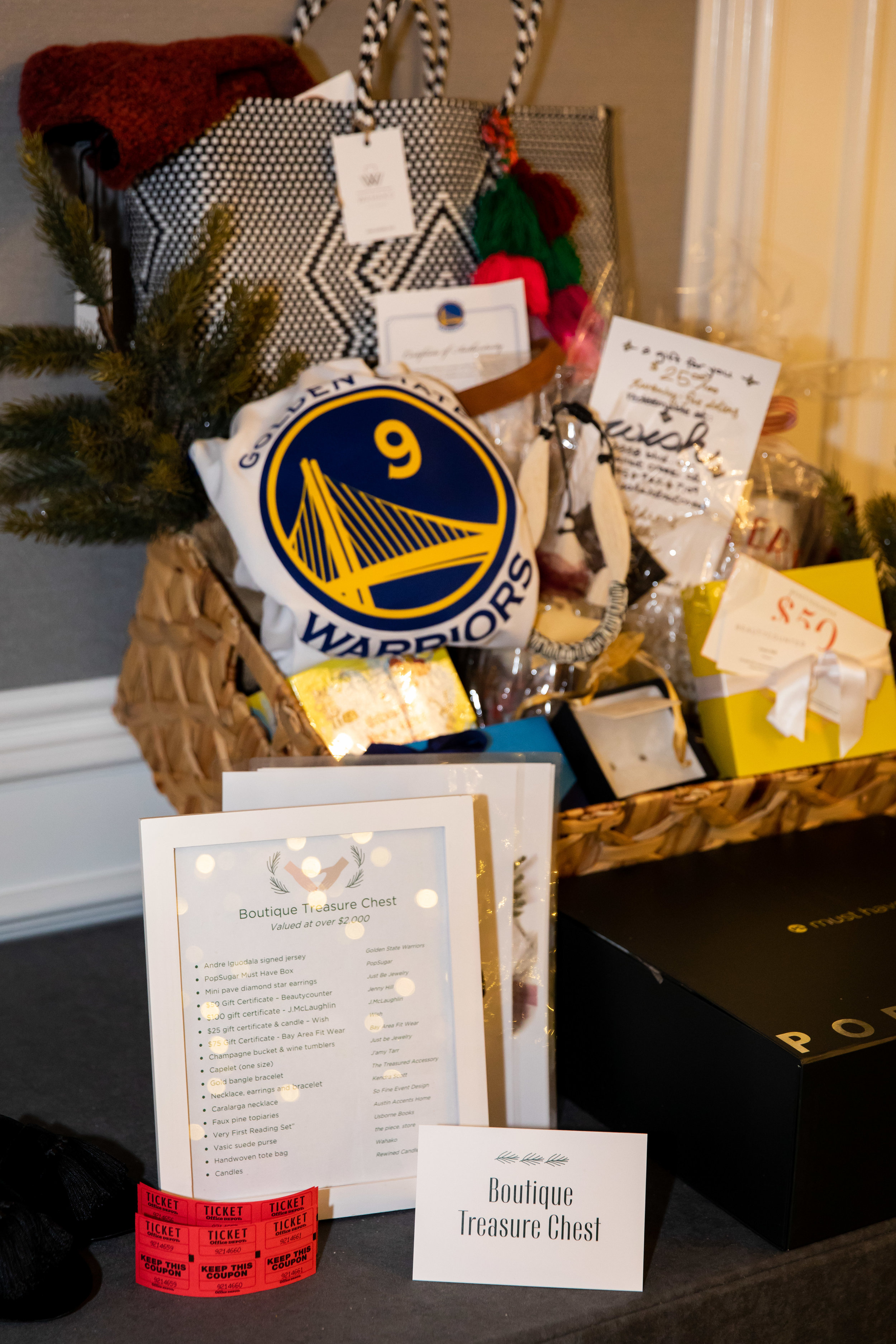 044_Catherine Hall Studios_CHG Holiday Boutique and Luncheon December 2018.jpg