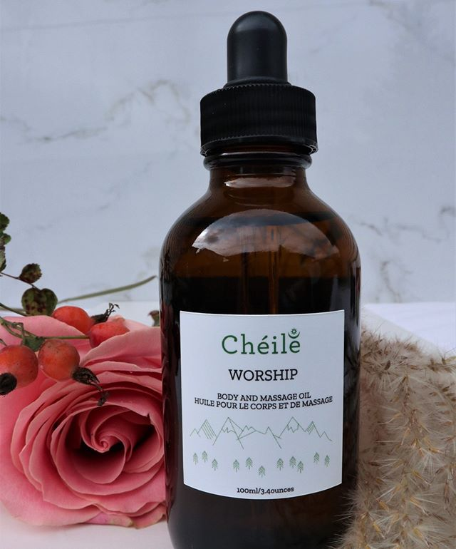 We love @cheileskincare's products here at Lily & Roo! They are handcrafted in small batches, with amazing rosewood scents! 👉 Worship Body & Massage Oil is available for purchase. 😉 . . . . . #yvrnailsalon #vancouvernailsalon #vancouvernails #vancouvernailart #vancouvernail #yvrnails #yvrnailart #vancouverbc #vancouverblogger #vancouverbusiness #vancouverbeauty #nailsofinstagram #nailart #naildesigns #nailshop #kitsilanosalon #kitsilanolife #kitsilanovancouver #vancouverstyle #vancouverart #vancouversalon #yvrbloggers #yvrblogger #yvrstyle #yvrbusiness #prettyinpink #prettynails #prettyladies #massageoil #ethicalcosmetics