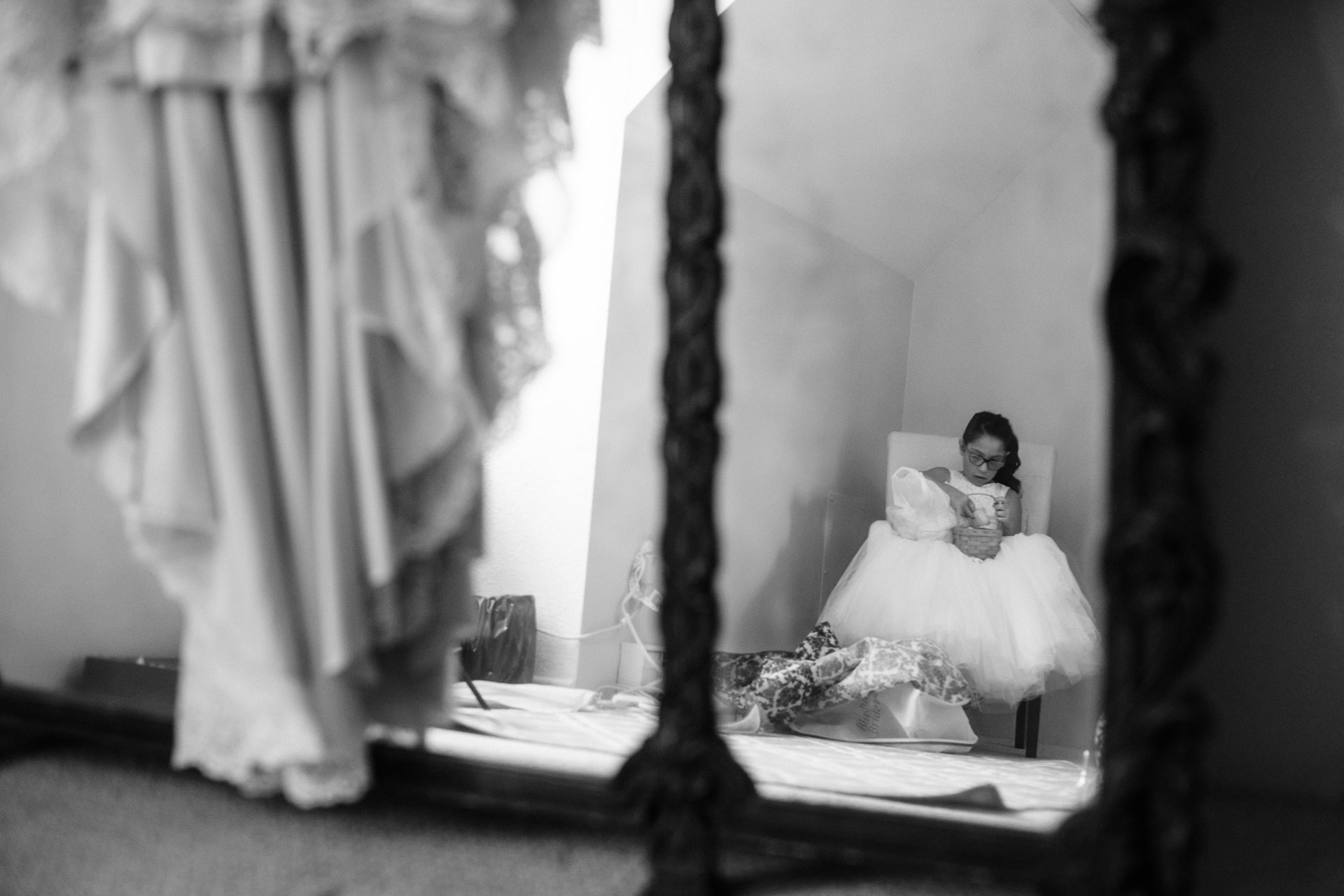 Grant Beachy Tammy Chris wedding photography goshen Saint Joseph veranda whitcomb-012.jpg