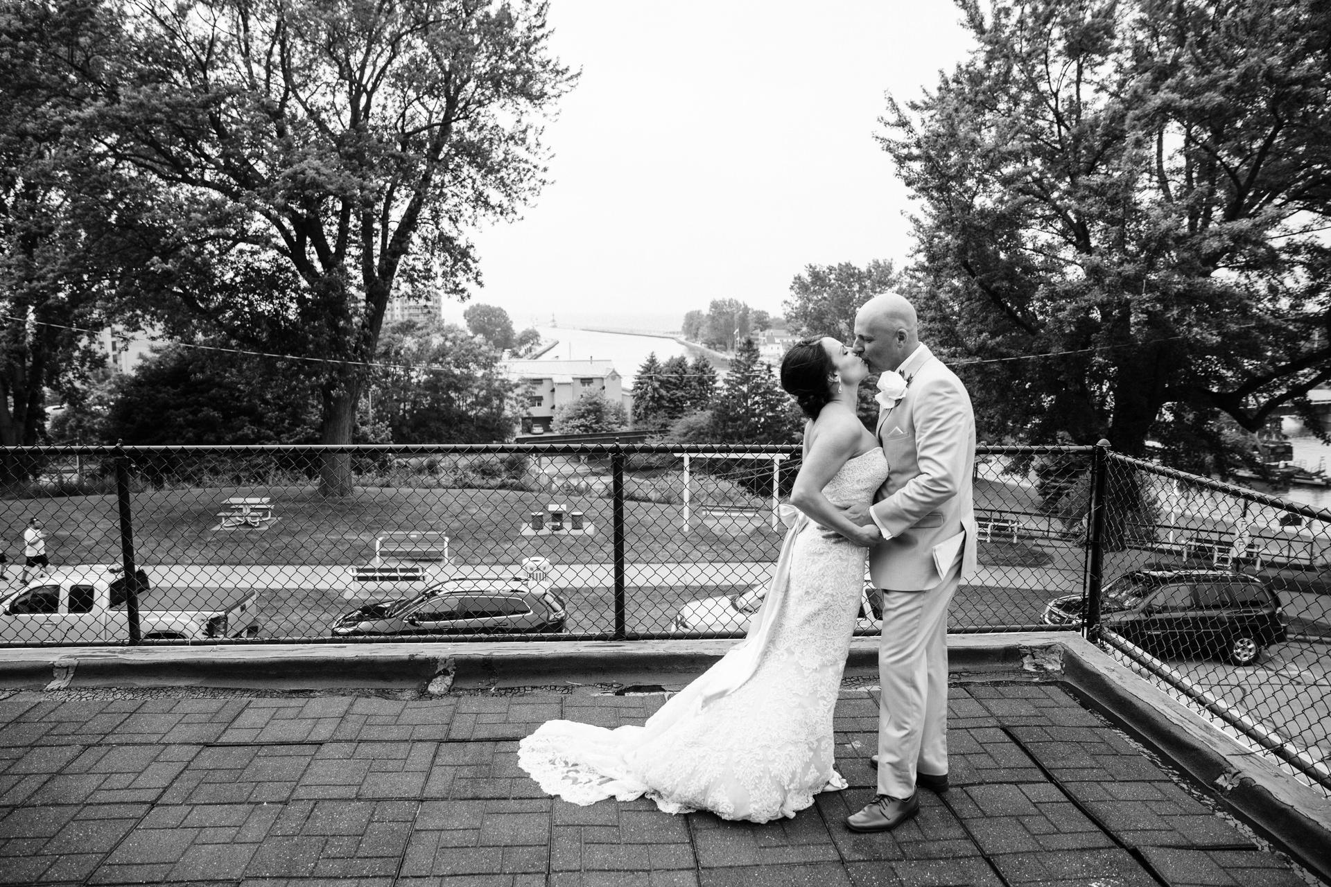 Grant Beachy Tammy Chris wedding photography goshen Saint Joseph veranda whitcomb-047.jpg