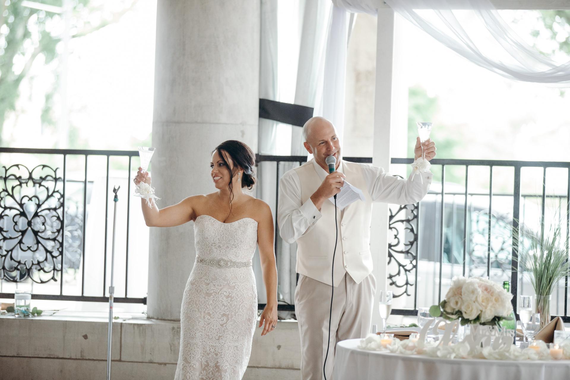 Grant Beachy Tammy Chris wedding photography goshen Saint Joseph veranda whitcomb-058.jpg