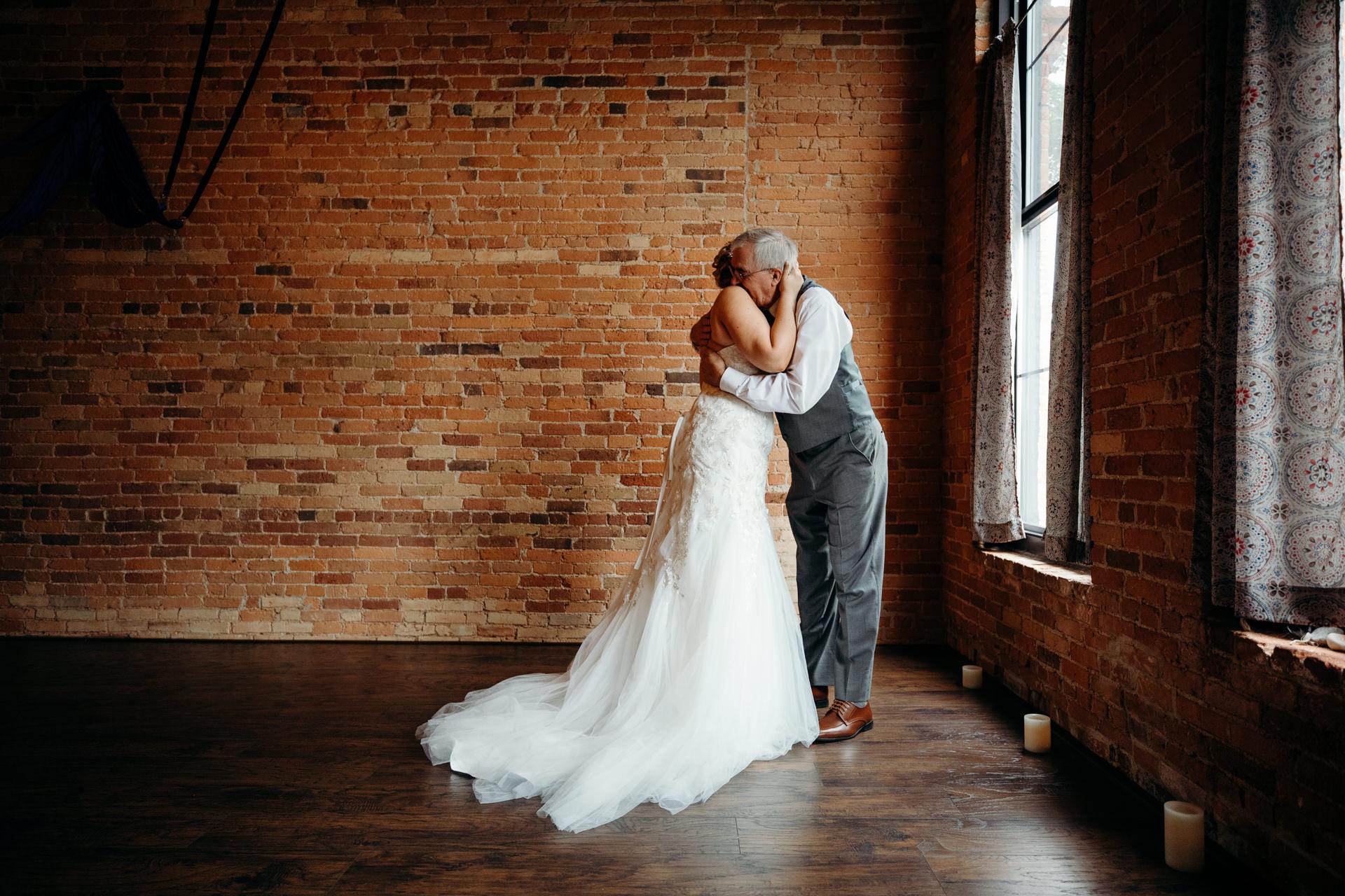 Grant Beachy Weddings photography elkhart south bend goshen warsaw-014.jpg