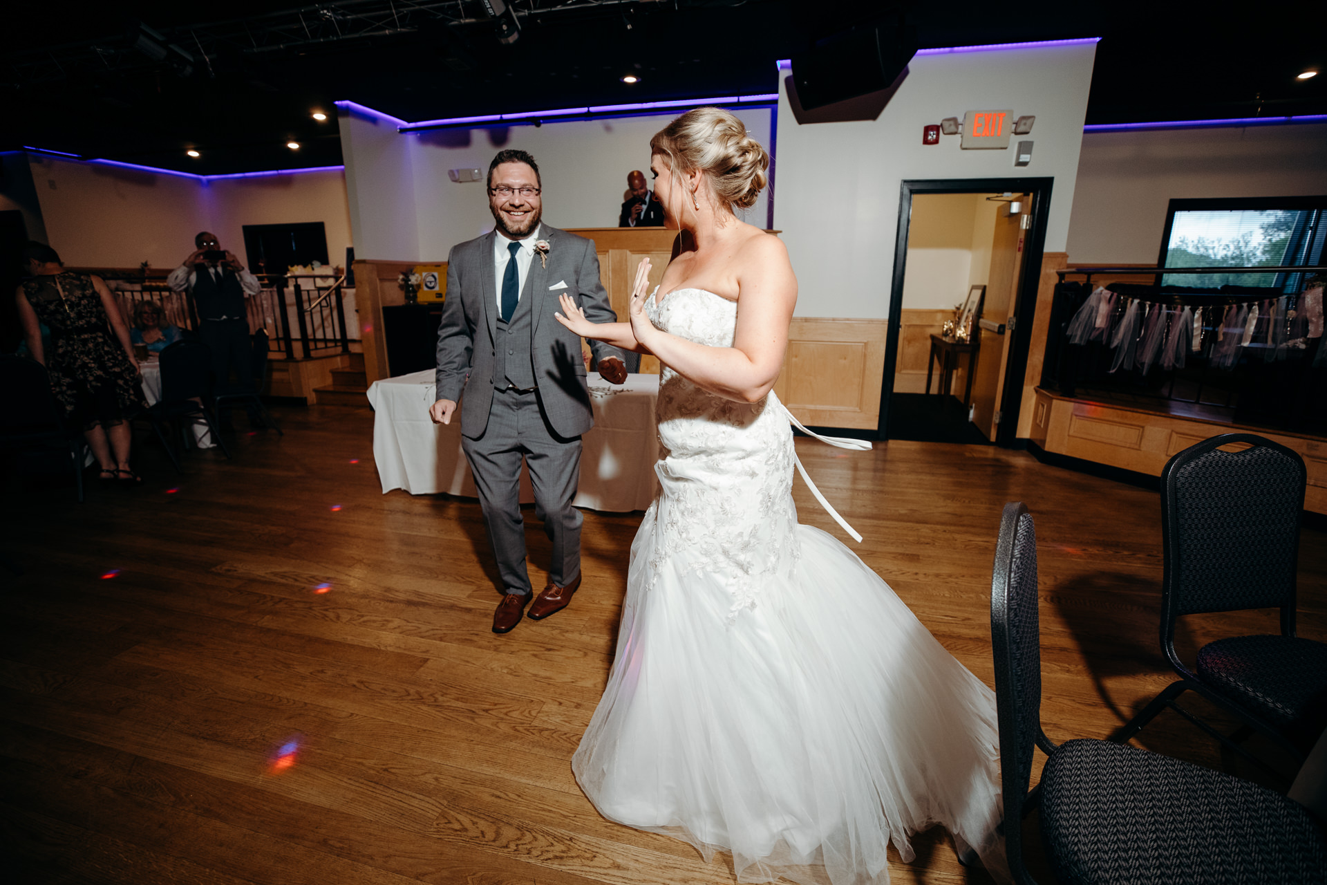 Grant Beachy Weddings photography elkhart south bend goshen warsaw-049.jpg