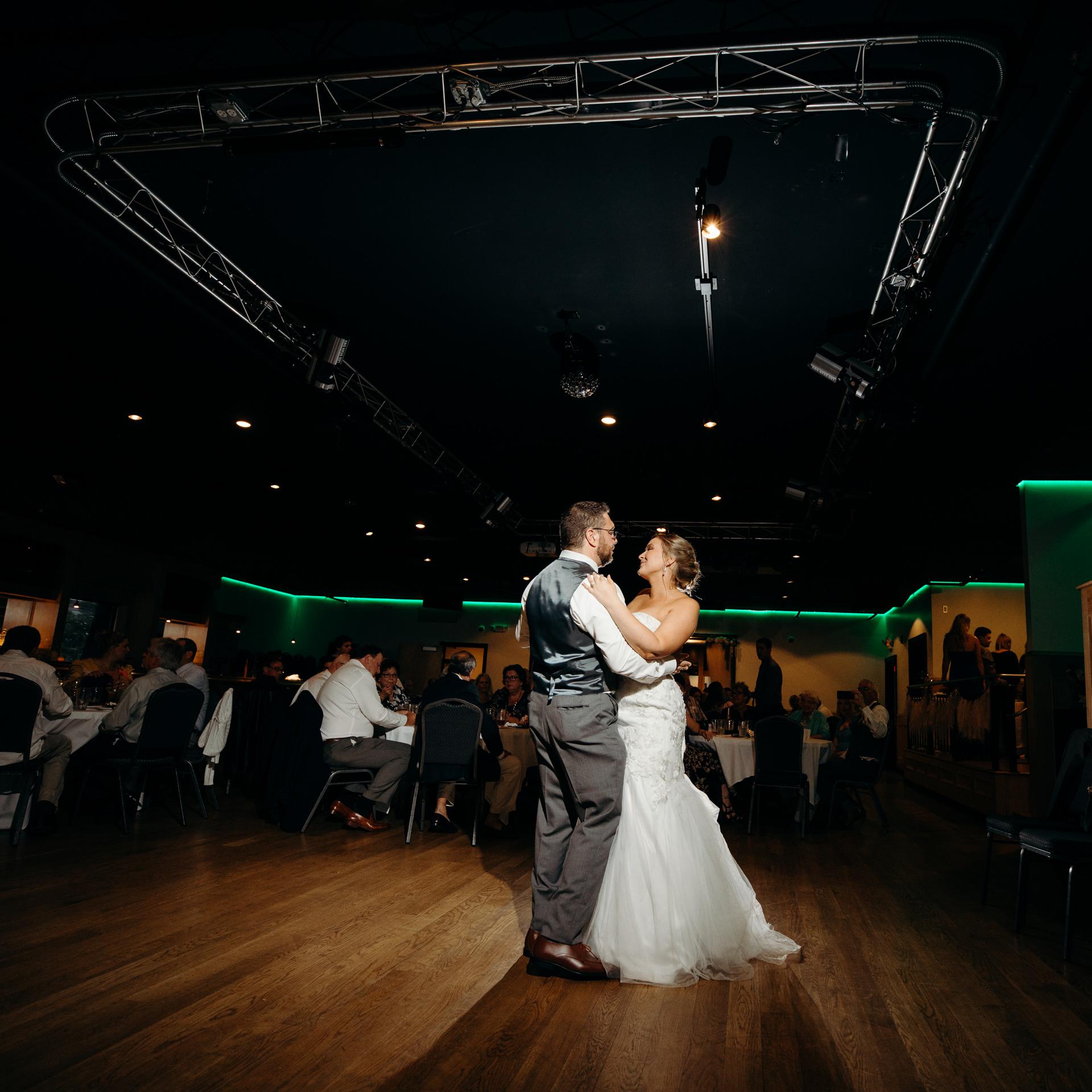 Grant Beachy Weddings photography elkhart south bend goshen warsaw-058.jpg